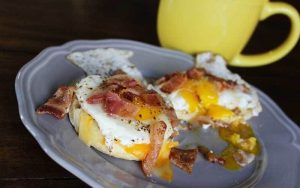 Bacon and Egg Breakfast Biscuits