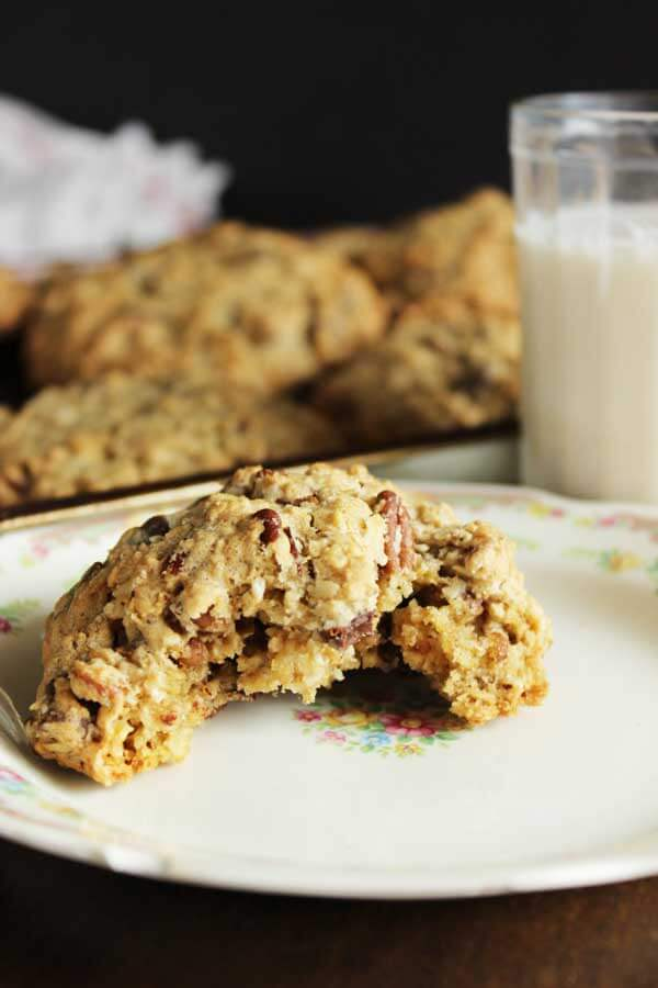 Pecan Oatmeal Chocolate Chip Cookies