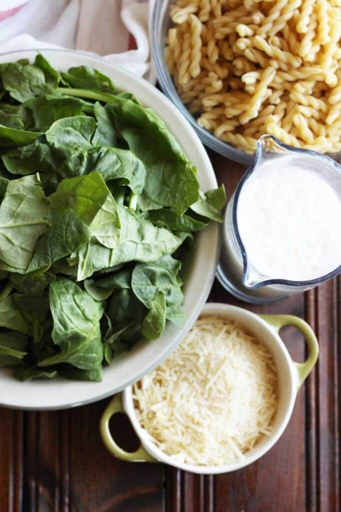 Creamy Mushroom and Spinach Pasta with Truffle Salt